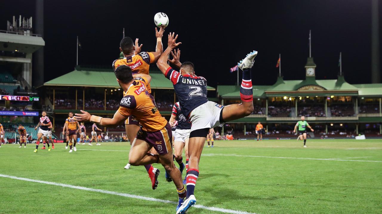Jamayne Isaako struggles under the high ball. Image: Matt King/Getty Images
