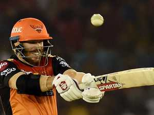 Warner whacks another big IPL score
