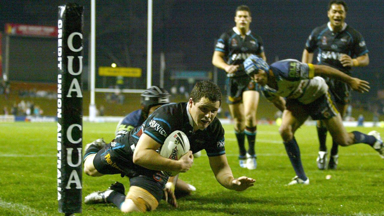 Gordon scores a try for Penrith in his 2006 rookie season.