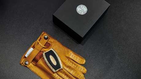 Awain diamond encrusted car key