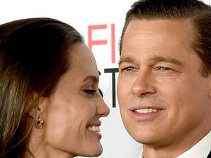 Angelina Jolie 'wants Brad Pitt back'