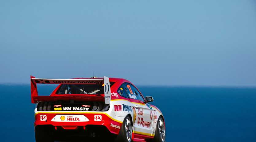 Scott McLaughlin pushes hard in his Shell V-Power Racing Team Ford Mustang at Phillip Island. Picture: Daniel Kalisz/Getty Images)