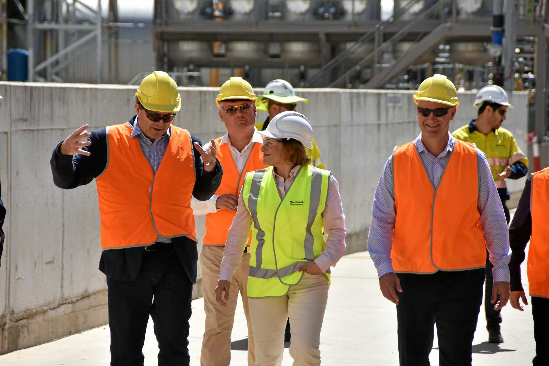 CSIRO research director - low emissions technologies Dr David Harris, deputy premier Jackie Trad and Gladstone MP Glenn Butcher at Northern Oil Refinery, Yarwun.