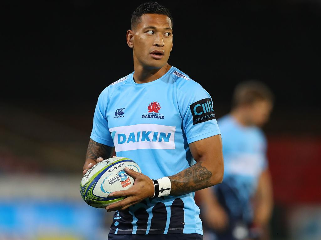 Folau has put his teammates and coaches in an awkward position.