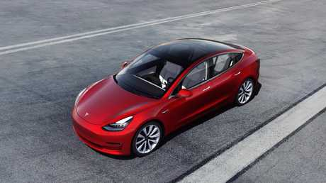 The cheapest Tesla Model 3 version has been removed from online sales.