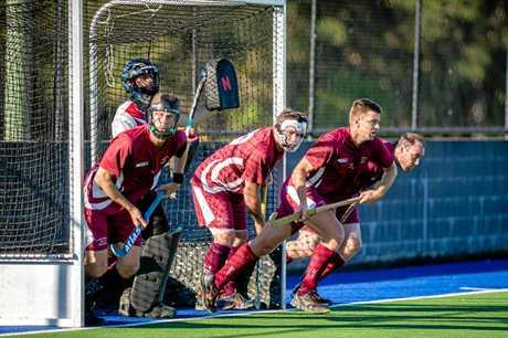 Hockey - Cooloola Heat vs Buderim - Heat defending a corner
