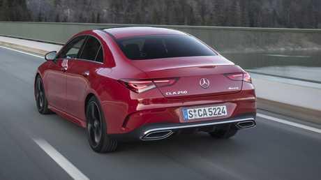 Mercedes-Benz CLA 250's transmission struggles in traffic.