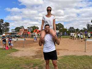 Record time set at Roma's wife carrying races