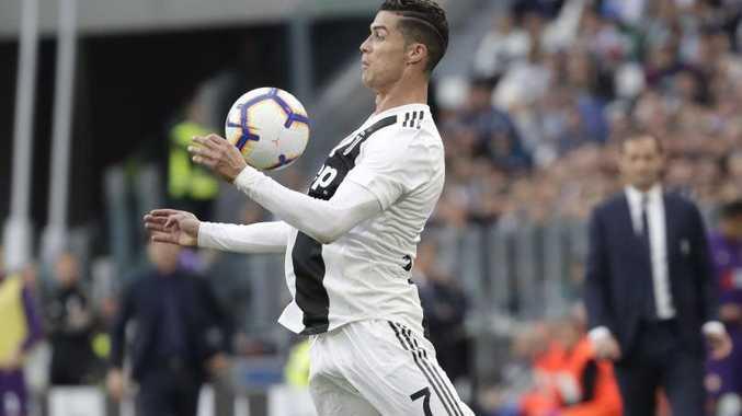 Ronaldo helps Juventus to record eighth-straight title