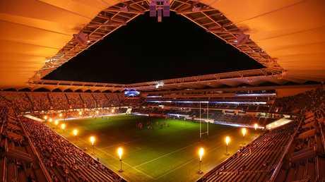 Bankwest Stadium under lights. (AAP/Brendon Thorne)