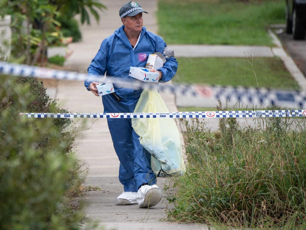 State Crime Command's Homicide Squad have been assisting Campbelltown detectives gather evidence. Picture: Monique Harmer