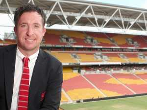 Reds legend Fowler joins struggling Roar