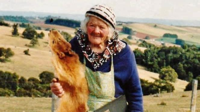 Nellie Bowley was a crackshot who culled more than 1000 dingoes in her lifetime and lived on a farm at Spring Creek Mountain until she was 101 years old.