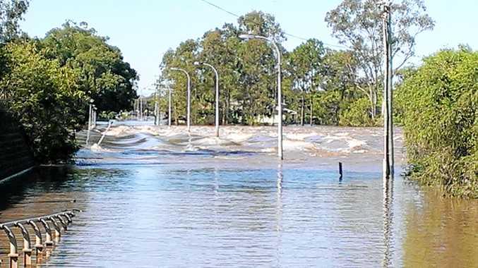 BREAKING: Flooding on Warrego Highway