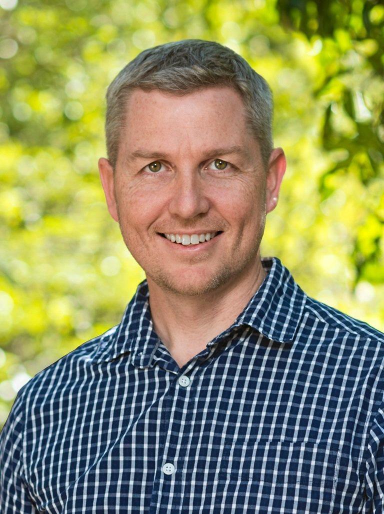 Daniel Bryar.