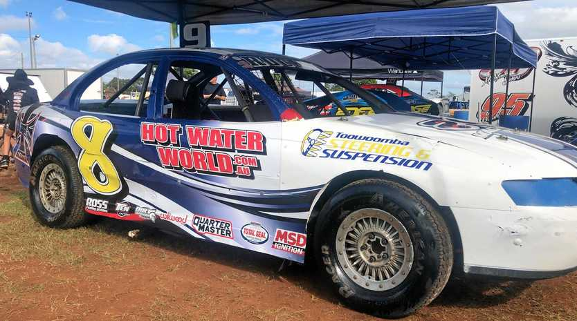 Toowoomba driver Rod Pammenter will line up in his VZ Holden Commodore when he takes on Australia's best drivers in the SSA National Modified Sedan Championship at Kingaroy Speedway this weekend.
