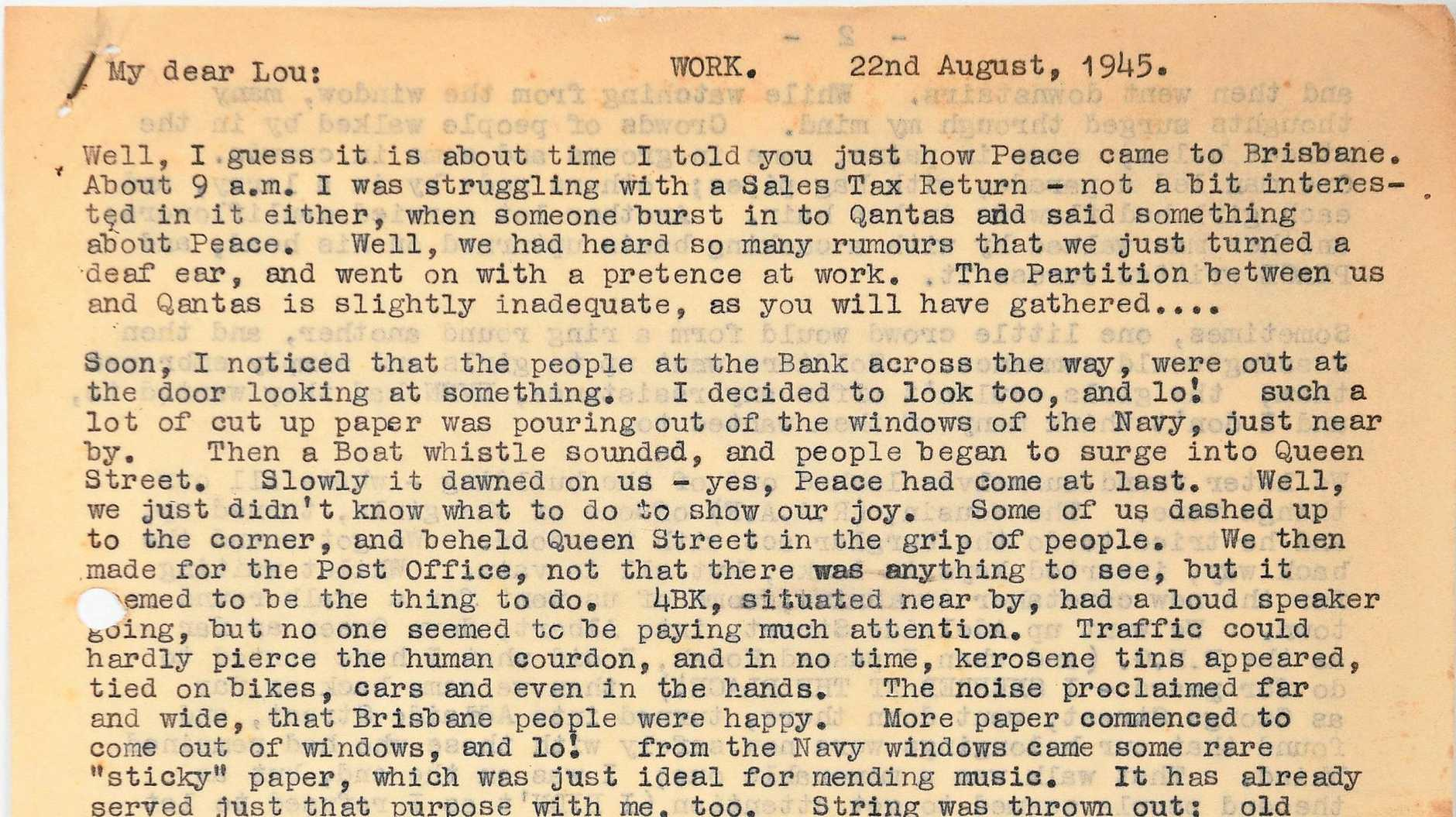 Letters from Zillah to Lou in 1945.