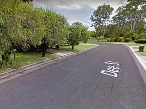 BREAKING: Man hits a tree, breaks knee, on Dee St