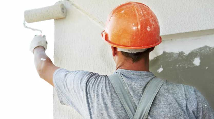 Ten types of tradies earn well ahead of the median Australian full-time salary. Picture: iStock