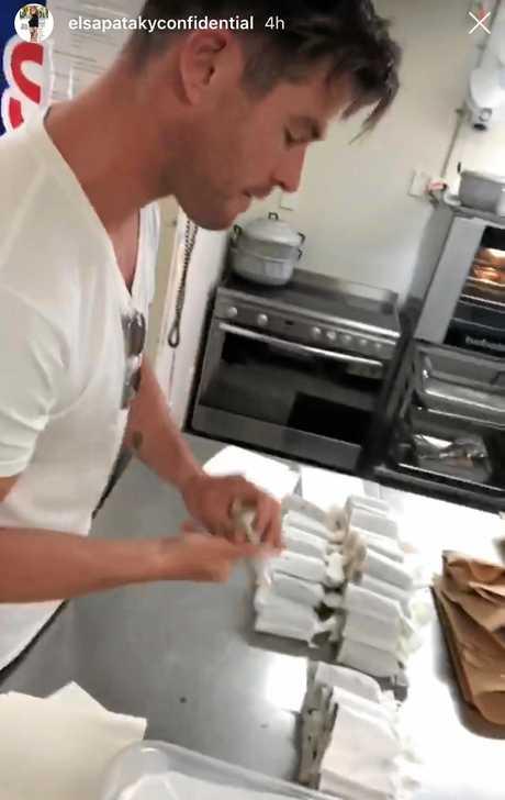 Chris Hemsworth turns his hand to making sushi.