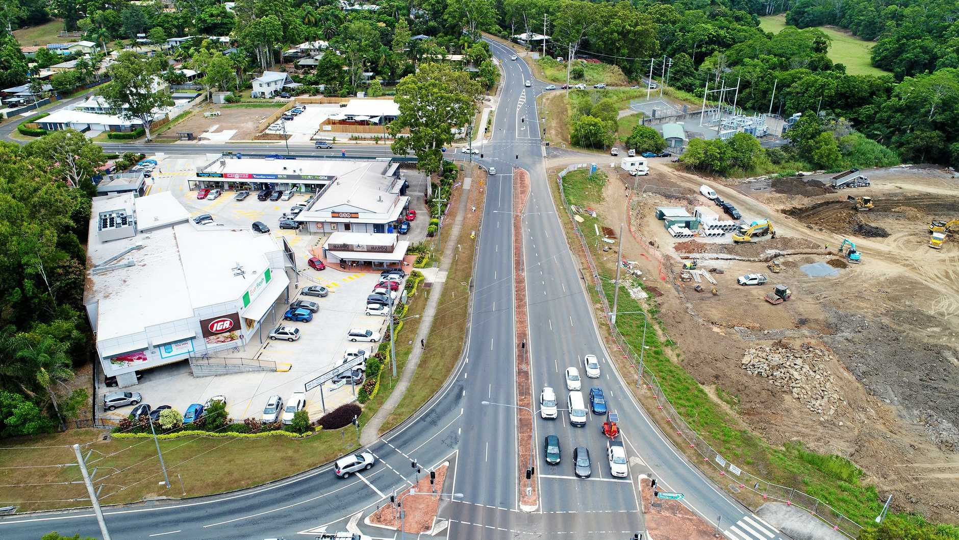 Construction of the new Coles shopping centre across the road from the IGA at Jones Road Buderim.