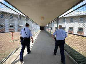 Government fails to block CQ's prison guards going on strike
