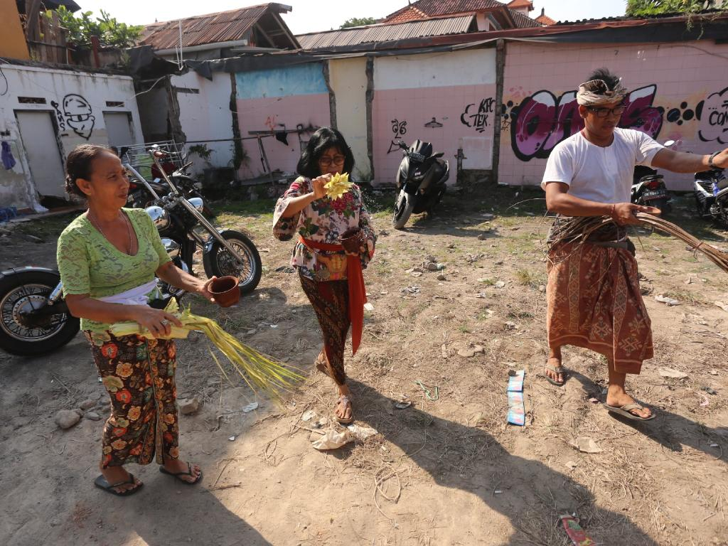 The owner of the former Sari Club held a cleansing ceremony on the scene in preparation for the start of construction of a five-floor restaurant and Bali Bomb monument on the rooftop. Picture: Lukman S Bintoro