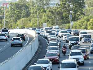 Traffic backs up on the M1 following truck accident