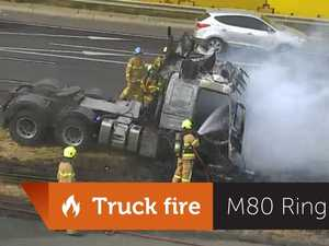 Melbourne ring road closed due to truck fire