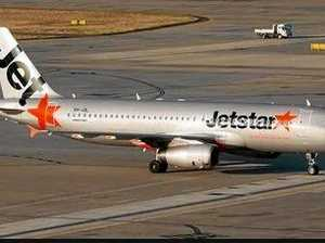 Airservices say Jetstar incident was a 'missed approach'