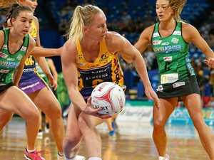 Lightning bounce back in dominant form over Fever