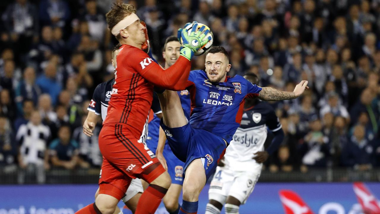 Roy O'Donovan kicks Lawrence Thomas in the face during last season's A-League grand final. Picture: Toby Zerna