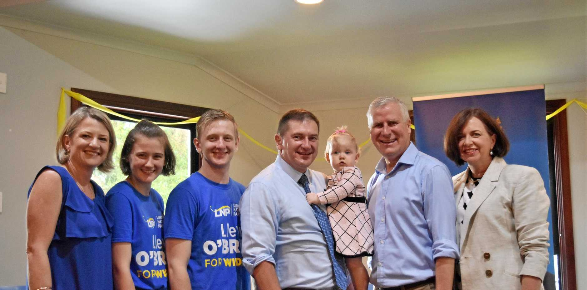Sharon O'Brien, Yve O'Brien, Rees O'Brien, Llew O'Brien, Deputy PM Michael McCormack and Catherine McCormack.