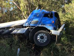 Traffic delayed as truck crashes along Goodwood Rd