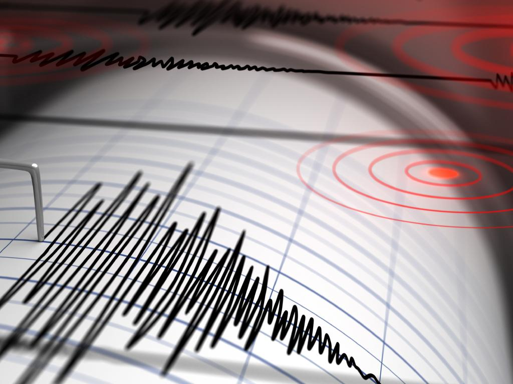 A strong earthquake has struck off PNG.