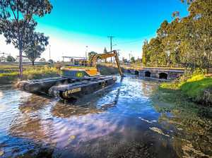 Mechanical monster clears Condamine waterways