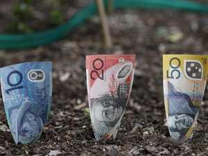 Parents should teach their kids money management
