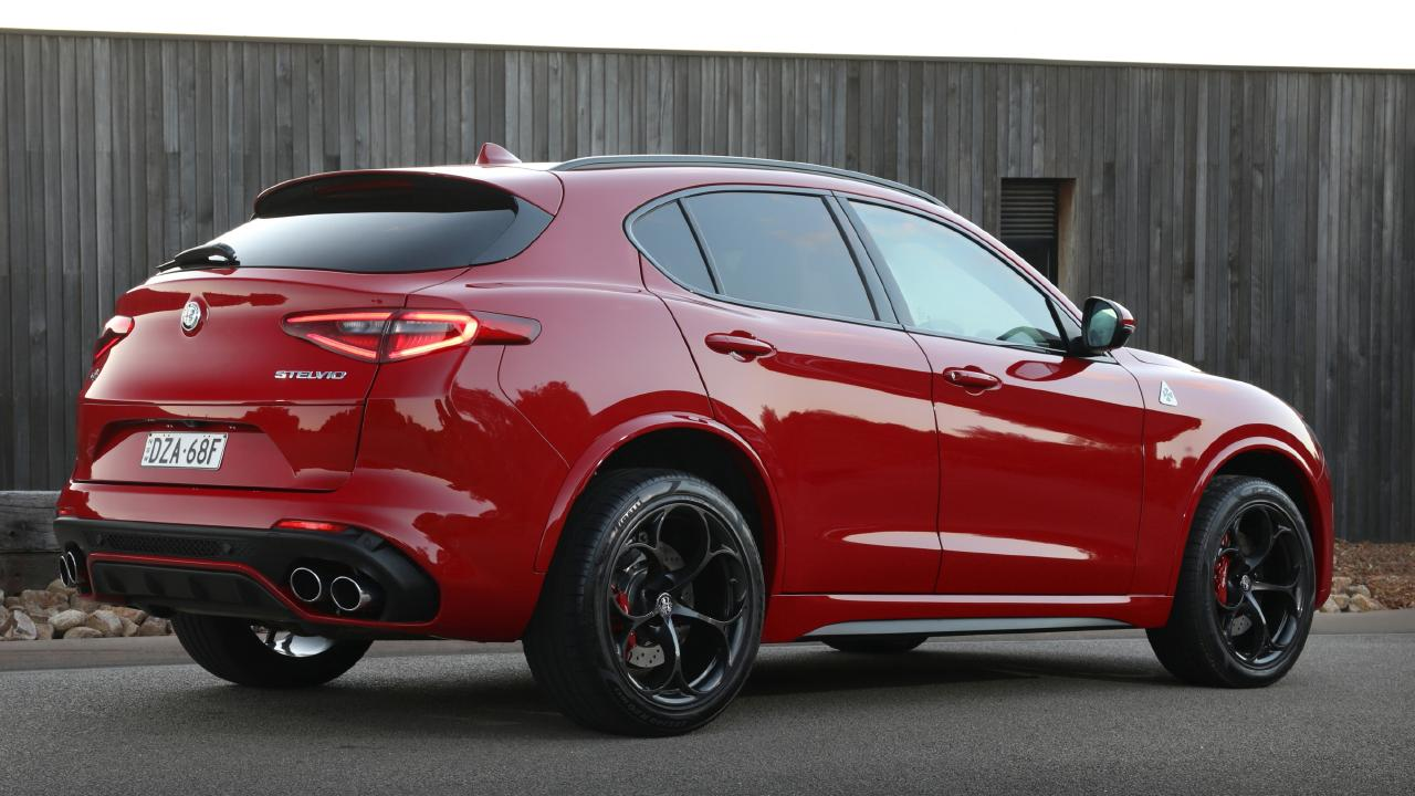 The Stelvio Q has a thumping exhaust note.