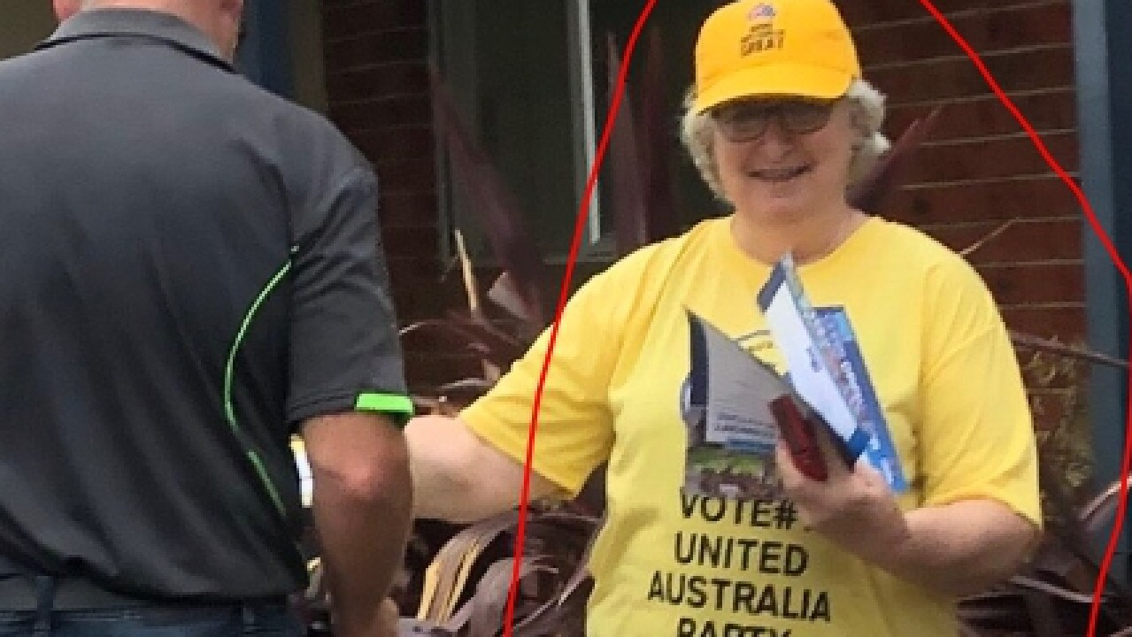 Liberal supporter in Dunkley caught out changing her T-shirt and handing out for the UAP.