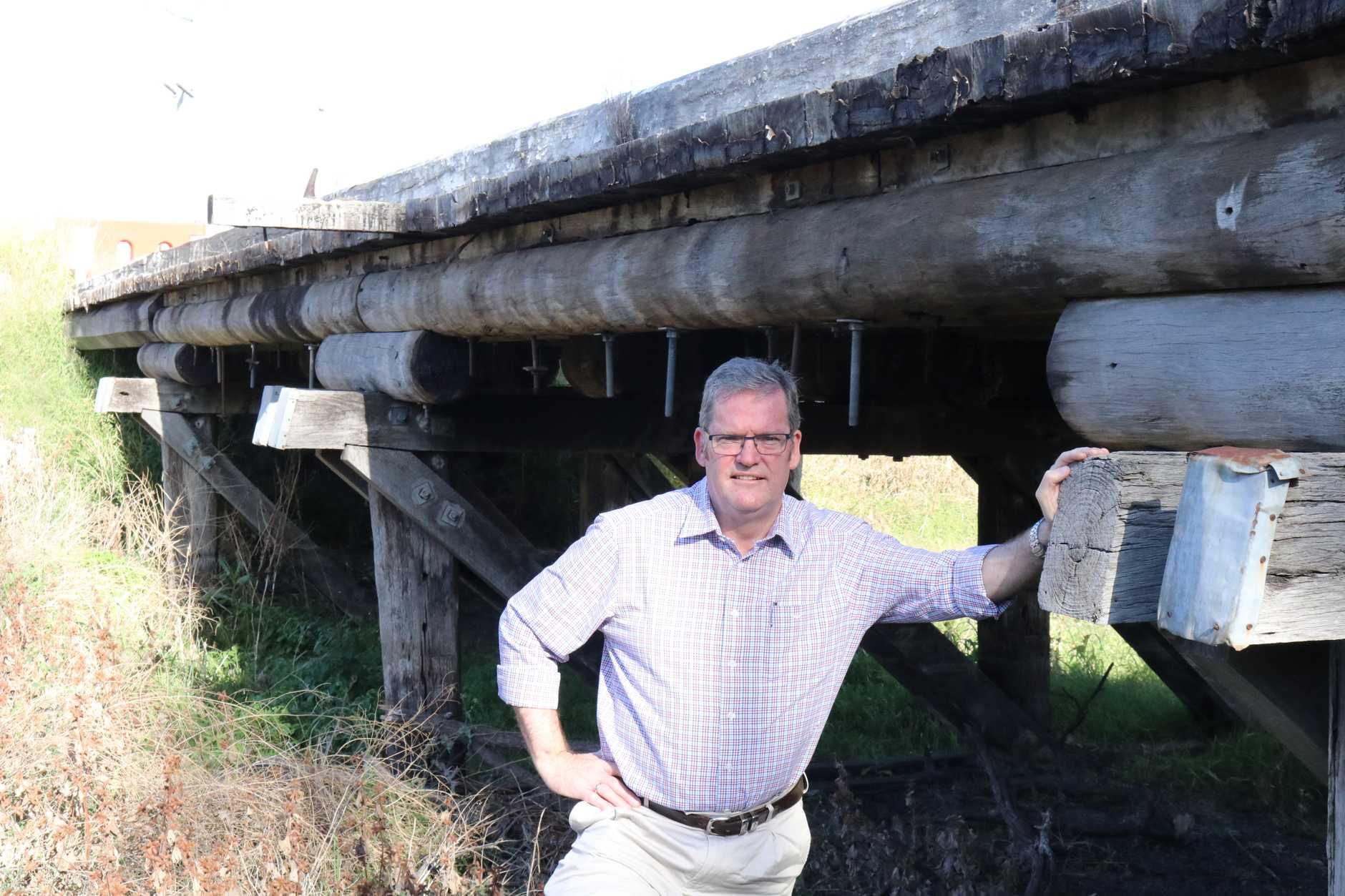John McVeigh announces bridge funding worth $800,000.