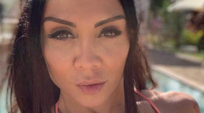 Model's 'vain' dating confession slammed.