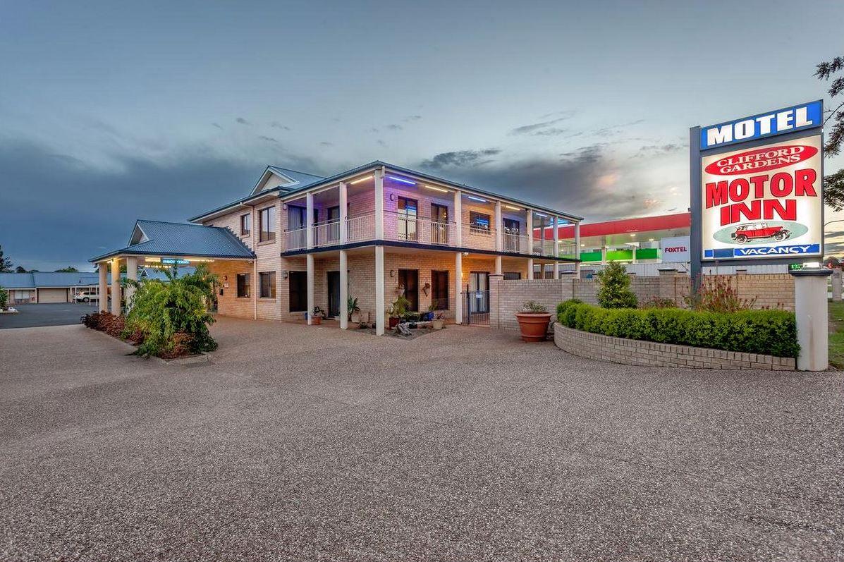 Clifford Gardens Motor Inn for sale for $1.2 million.