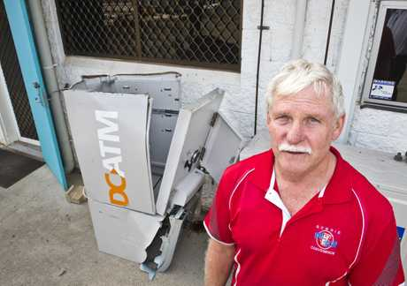Clint Weber with the ATM damaged during theft at his Gowrie One Stop Convenience Centre. Wednesday, 15th May, 2019.