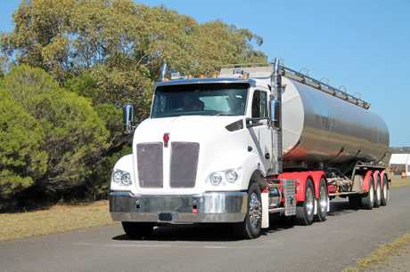 The new T410 in action for a test drive by  Big Rigs .