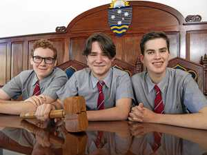 Students shoot for mooting glory