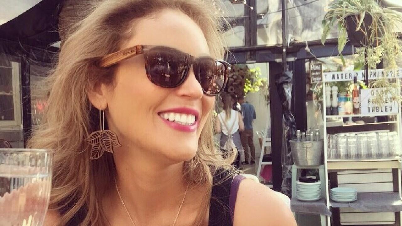 Clare Verrall lives in Melbourne, Victoria.