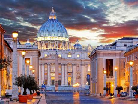 The beauty of the outside of St Peter's Basilica in the Vatican is just the beginning of it's splendour.
