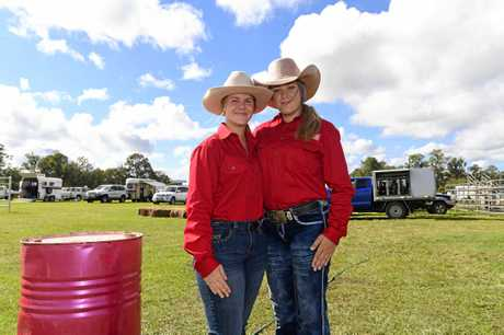AUS barrel race team - Ashleigh Koch and Alicia Ellis