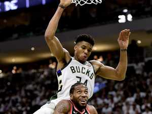 Raptors choke in NBA opener against Bucks