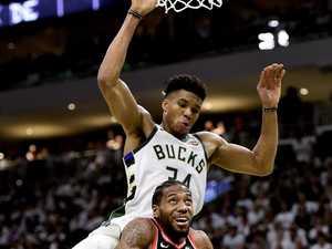 Raptors choke in NBA opener against Bucks